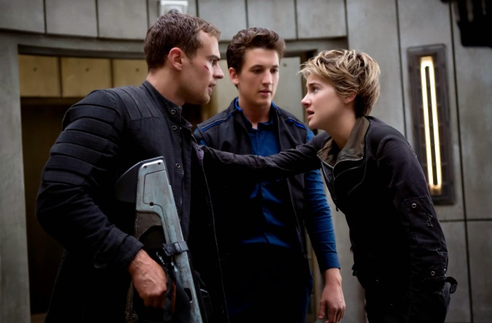 INSURGENT_STILL-05 (Custom)